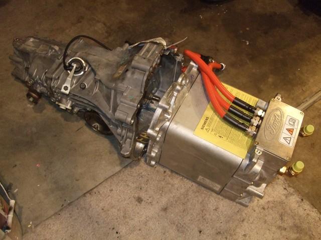 Liquid cooled ac motor for Liquid cooled ac motor